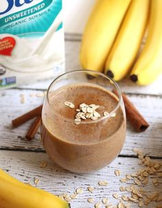 Smoothie Recipe: Oatmeal Cinnamon Raisin Protein Smoothie (Healthy Smoothies After Workout) High Protein Smoothies, Vegan Smoothies, Breakfast Smoothies, Oatmeal Smoothies, Breakfast Healthy, Protein Shakes, Smoothie Detox Plan, Smoothie Drinks, Smoothie Recipes