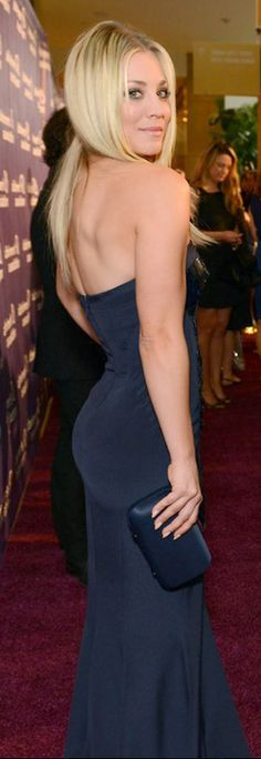 Beautiful Celebrities, Gorgeous Women, Kaley Cuoco Body, Kaley Cucco, Bollywood, Prettiest Actresses, Gorgeous Blonde, Foto Pose, Sexy Teens