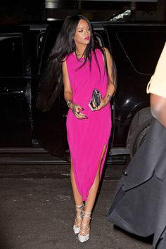 brokegirl-expensivetaste:  Dress: Helmut Lang Shoes: Christian Louboutin  Clutch: Balmain