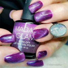 Vibrant catseye nails in purple. vegan and cruelty free