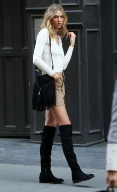 Karlie Kloss Photos - Karlie Kloss Doing A Photo Shoot In NYC - Zimbio
