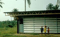 inhabitat.com wp-content blogs.dir 1 files 2016 06 Habitat-Tropical-Cameroun-by-%C3%89ric-Touchaleaume-5.jpg