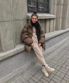 Mode Outfits, Winter Outfits, Fashion Outfits, Fashion Mode, Street Fashion, Fashion Beauty, Fall Fashion Trends, Winter Fashion, Uniqlo Women Outfit