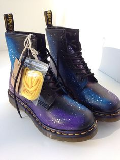 Hand-Painted Galaxy Doc Marten Boots HandPainted Galaxy Doc Marten Boots by synonymouswith on Etsy. Sock Shoes, Cute Shoes, Me Too Shoes, Shoe Boots, Doc Martens Outfit, Doc Martens Boots, Crazy Shoes, New Shoes, Over Boots