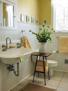 Easy and Modern Farmhouse Bathroom Decor Ideas - Page 67 of 80 bad Renovieren Farmhouse Bathroom Accessories, Modern Farmhouse Bathroom, Bathroom Accesories, Country Bathrooms, Budget Bathroom Remodel, Bathroom Renovations, Bathroom Ideas, Bathroom Organization, Basement Bathroom