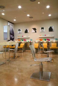 pavimento cemento lucidato patinato per coiffeur negozio parrucchiere benessere