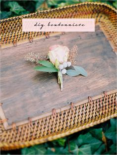 diy boutonniere and directions here #diy #boutonniere #weddingchicks http://www.weddingchicks.com/2014/02/26/simple-diy-boutonniere/