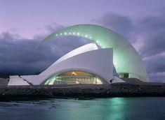 Auditorio de Tenerife by Santiago Calatrava. Photo courtesy of Santiago Calatrava, LLC. Gothic Architecture, Futuristic Architecture, Amazing Architecture, Architecture Design, Building Architecture, Chinese Architecture, Architecture Office, Famous Buildings, Unique Buildings