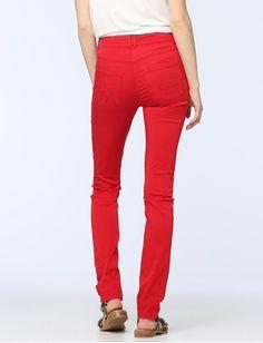 Damen Choose Red von Jones online kaufen   Jones Fashion Jones Fashion, Mode Online, Elegant, Parachute Pants, Red, Shopping, Dapper Gentleman, Classy, Rouge