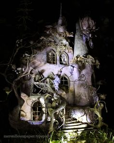 Victorian style fairy house fairy garden ideas miniature doll house Maison de la Magicienne de nuit/ By night