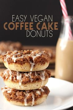 Easy Vegan Coffee Cake Donuts This is an easy and delicious take on a classic. These vegan coffee cake donuts pack all the flavour of coffee cake, in donut form! Topped with an amazing cinnamon streusel, these are the coffee cake lovers ultimate dream. Vegan Dessert Recipes, Donut Recipes, Vegan Baking Recipes, Vegetarian Desserts, Vegetarian Breakfast, Breakfast Dessert, Vegan Breakfast Recipes, Vegan Vegetarian, Vegan Treats
