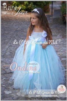 bd5c3f532bc35 Robe Tutu Longue de Cérémonie Princesse Petite Fille en Tulle Bleu et  Paillettes