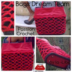 Borsa+a+spalla,+in+lana+rossa+e+grigia+ed+ecopelle,+decorata+con+una+serpentina+a+spighetta+rumena+:+Borse+a+tracolla+di+bags-dream-team