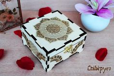 Chinese Mandala wooden box  #chibipyro #artisan #craft #shop #leather #wood #woodburning #fire #fan #art #artisan #craft #handmade #etsy #shop #pyro #pyrography #burn #burning #fire #drawing #woodburner #cork #recycled #purse #comb #hairbrush #note #book #sketch #tobacco #pouch #bookmark #pochette #box #pencil #case #pendant #keychain #fox #cat #animal #kawaii