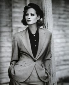 82920ee46380 Christy Turlington by Arthur Elgort Christy Turlington, 1990 Talsmode, Mode  Skönhet, Fotomodeller,