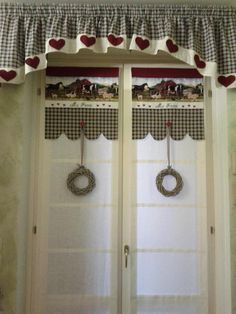 grembiuli cucina natale fai da te - Cerca con Google White Lace Curtains, Net Curtains, Diy Christmas Kitchen, Christmas Diy, Kitchen Cupboard Handles, Kitchen Curtains, Kitchen Aprons, Curtain Designs, Beautiful Kitchens