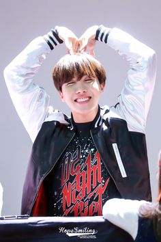 we are bulletproof! LOOK AT HIS SMILE! I LOVE HIM SO MUCH!! <3 <3 <3 Hobi oppa's so happyyyyyy. Salanghaeeee <3