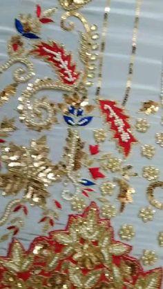 Embroidery Suits Design, Embroidery Fashion, Embroidery Designs, Indian Bridal Outfits, Indian Bridal Fashion, Anarkali Dress Pattern, Walima Dress, Zardozi Embroidery, Simple Pakistani Dresses