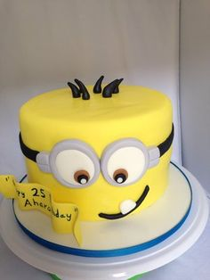 Minion Fondant Cake Hehe one year old cake? Cute