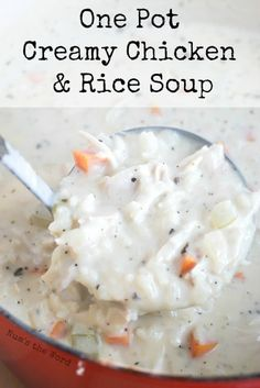 One Pot Creamy Chicken & Rice Soup – It doesn't get any easier or tastier than this one pot, 30 minute chicken & rice soup. If you love chicken & rice, then you should try this tasty soup! Creamy Chicken Rice Soup, Creamy Garlic Pasta, Creamy Rice, Yummy Chicken Recipes, Soup Recipes, Yummy Food, Tasty, Recipies, Irish Recipes