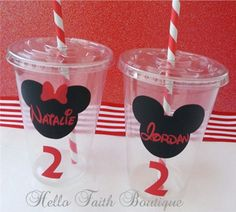 Set of 12 Minnie Mouse Party Cups with Lids and por HelloFaith, $21.50