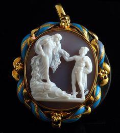 Camée néo-classique en agate. Persée et Andromède. Provenant de la Villa Pamphili de Rome et conserve au Musei Capitolini