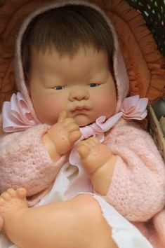"""18"""" Vogue """"Baby Dear"""" Doll, old  1960, adorable in vintage clothing.  Was this """"my"""" doll in the sweater?  I seem to remember her having short wiry hair."""