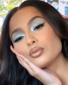 Pin von Diana Tuhcic auf Make-up Makeup Trends, Makeup 101, Glam Makeup, Skin Makeup, Makeup Inspo, Makeup Inspiration, Makeup Goals, Rave Makeup, Makeup Products
