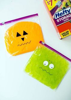 A fun kids activity and the perfect science experiment to do at home or at school. Draw monster faces on top to make a fun craft for Halloween. Slime ingredients: ½ cup glue and ½ cup water and add food coloring to your liking! Kids Crafts, Halloween Crafts For Kids, Fall Crafts, Holiday Crafts, Holiday Fun, Halloween Party, Halloween Crafts For Kindergarten, Halloween Activities For Toddlers, Paper Halloween