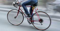 Ομογενής μετέφερε υπερατλαντικά το μήνυμα της «Ελπίδας» Bicycle, People, Bike, Bicycle Kick, Bicycles, People Illustration, Folk
