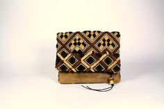 15-128 Fold Clutch Kuba Distressed for web.JPG