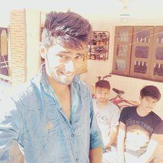"""JETLO GORO DEKHAAU CHU ETLO CHU NAI SURYADEV NI KRUPAA CHE""..! . . . . . . . . . . . .  #Fun #Post #Caption #good #enough #selfie #samsung #no_filter #instapic #instalike #instauser #instafollow #like4like #follow4follow #nufollow #clicked #smiling #Naahya #Vagrno #Jeni #che #Rough #Messy #hairs #haha  by jenish_thaker_18"