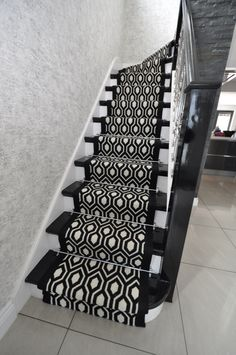 Bespoke geometric carpet by Bowloom Ltd
