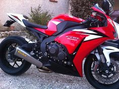 French CBR2012 whit arrow, very nice.