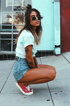 117 vintage summer outfit ideas to looks classic – page 3 Vintage Summer Outfits, Trendy Fall Outfits, Casual Summer Outfits, Cute Outfits, Keds Outfit Summer, Big Shirt Outfits, Red Vans Outfit, Baseball Outfits, Night Outfits