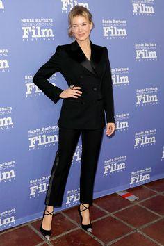 Renee Zellweger in Tom Ford attends the Santa Barbara International Film Festival. Celebrity Outfits, Celebrity Style, Fendi Dress, Black Velvet Blazer, Renee Zellweger, All Black Looks, Star Fashion, Women's Fashion, Fashion Outfits