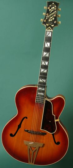 Vintage Guitars - Fine Fretted Instruments Since 1970