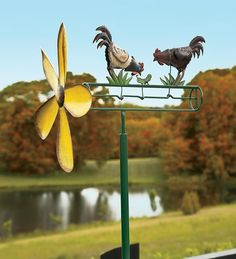 Our metal whirligig is a fun addition to yard or garden. Chicken in a helicopter whirligig design makes this recycled metal garden art a truly memorable piece. Kinetic Toys, Kinetic Art, Wind Spinners, Metal Chicken, Wind Sculptures, Metal Garden Art, Le Moulin, Yard Art, Mobiles