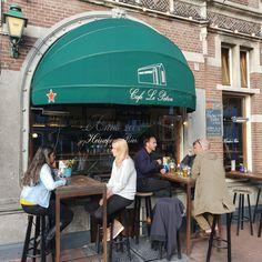 Bij Cafe Le Patron hebben wij vorig jaar deze markiezen geleverd en gemonteerd. De ondernemer heeft zelf de Heineken Brouwerij #horeca #cafe #lepatron #amsterdam #markiezen #terras #heineken #heinekenbrouwerij #terras #amsterdamcity #iamsterdam #city #beer #horecaimage Amsterdam, Outdoor Decor, Image, Heineken, Boss