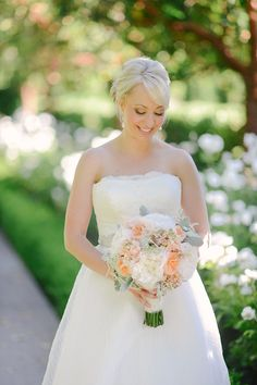 We Heart Photography | Wedding Photography of Jacob Willis   Christin Willis - Tres Chic Affairs - Rancho Bernardo Inn-  Splendid Sentiments Flowers - Coral - Blush - Mint - Wedding - Bride - Bouquet