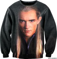 [Legolas on a BIG sweater = <3] if it's wrong that I want this, then I don't want to be right. <3