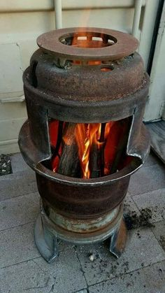 """Visit our site for more information on """"metal fire pit"""". It is a superb place to find out more. Rim Fire Pit, Fire Pit Bbq, Metal Fire Pit, Fire Pits, Rocket Stove Design, Backyard Bbq Pit, Diy Wood Stove, Outdoor Stove, Outdoor Fire"""