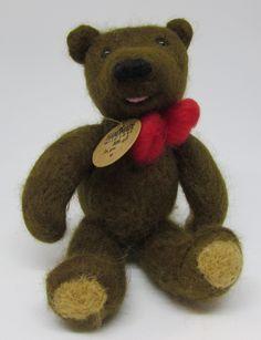 Plstěný medvídek suchou metodou. Plstění jehlou. Pohyblivé končetiny i hlava Teddy Bear, Toys, Animals, Animales, Animaux, Gaming, Games, Toy, Animais