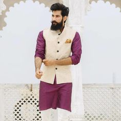 This celebrate the ways of sharing cultural characteristics and traditionality with . Wedding Kurta For Men, Wedding Dresses Men Indian, Wedding Outfits For Groom, Wedding Dress Men, Wedding Sherwani, Wedding Wear, Kurta Pajama Men, Kurta Men, Engagement Dress For Men
