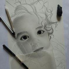 Progress of a new drawing. Pencil Portrait Drawing, Portrait Sketches, Sketch 2, Portraits From Photos, Mechanical Pencils, Cool Lighting, Digital Image, Graphite, House Warming