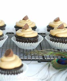 Chocolate Peanut Butter Cupcakes {Gluten-free}