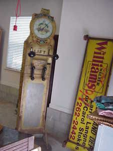 Antiques, Games, Slot Machines, & Collectibles