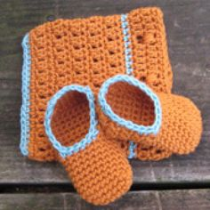 Crochet Some Sweet Baby Booties with These Free Patterns: Simple Baby Slippers
