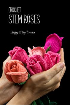 Crochet Stem Roses Pattern by Happy Patty Crochet #crochetflower #crochetrose #crochet #happypattycrochet #crochetpatternn