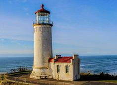North Head Lighthouse by Mike Edwards #Oregon http://thatoregonlife.com/2016/01/26-stunning-photos-from-2015-in-oregon/